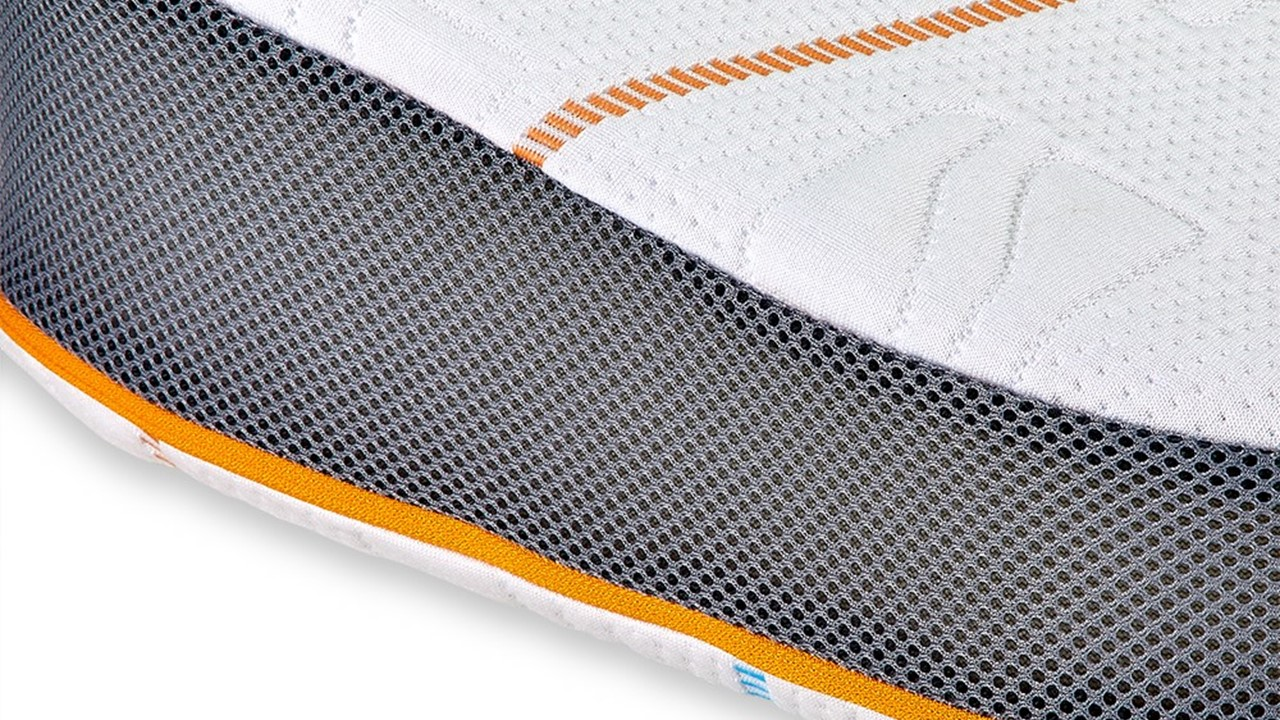 Athletic-Pillow_detail_1_18